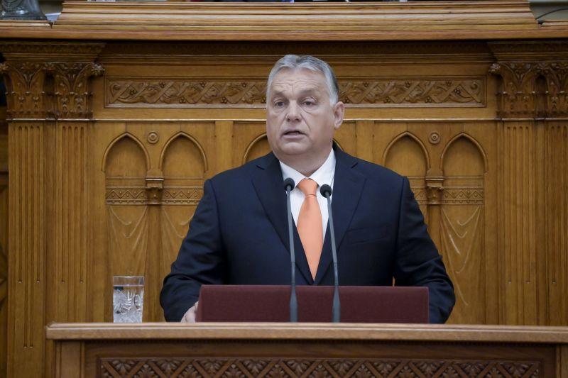 Orbán az első őszi ülésszakon: Brüsszel hátba lövi a magyarokat, de a gazdaságunk süvít