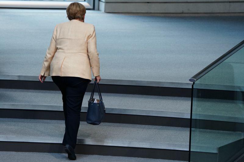 Ma megkezdődik Németország Merkel utáni korszaka: kinyitottak a szavazókörök