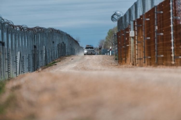 Ezernél is többen próbáltak bejutni a hétvégén az országba illegálisan