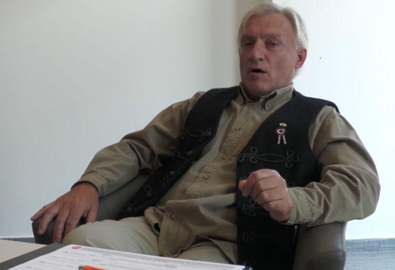 Holokamuzásért elítélt, cigányozni is szerető politikus kampányol a Fidesznek Debrecenben