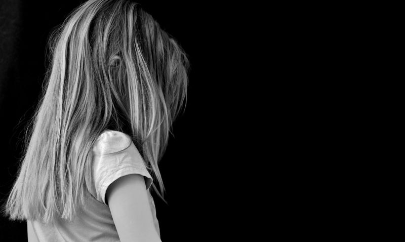 A pokol tornácán: 12 évet kapott a kislányait megerőszakoló Békés megyei férfi
