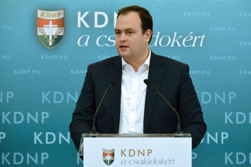Bajban a KDNP-s politikus – kitiltották Ukrajnából Nacsa Lőrincet