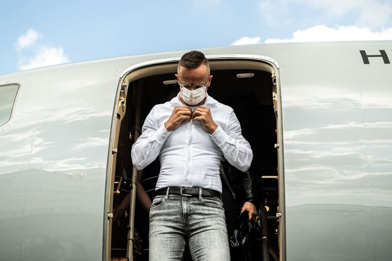 Szijjártó nem érti, mi a baj a pozsonyi repülőútjával, hisz neki már nem okoz izgalmat a repülés