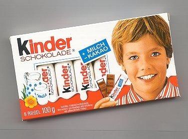Így néz ki ma a Kinder csokipapírokról jól ismert kisfiú – fotó