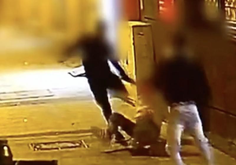 Térfigyelő kamera rögzítette a miskolci tömegverekedést – videó