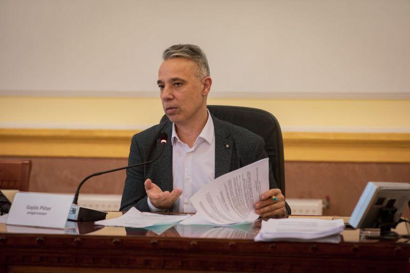 Tanúvallomást kellett tennie a kábítószeres ügyosztály nyomozói előtt Kispest polgármesterének