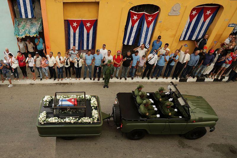 Ilyen Fidel Castro 900 kilométeres utolsó útja – fotók
