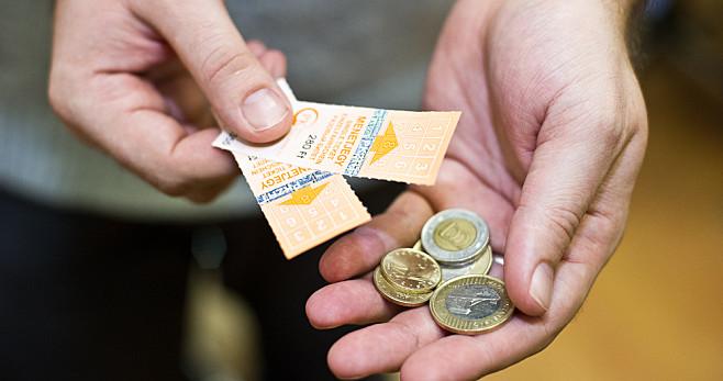 Saját zsebébe tette a jegyek árát a trükkös buszsofőr