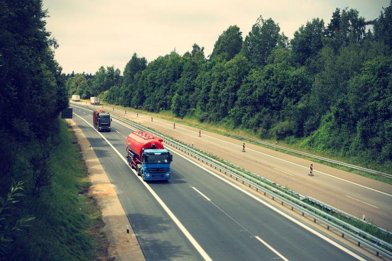 Saját kamionja gázolta halálra a magyar sofőrt
